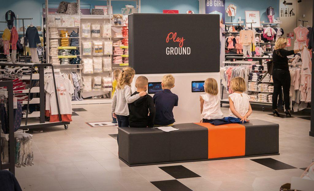 60 jeux interactifs et tactiles pour les enfants 3 à 12 ans dans les magasins Tape à l'oeil
