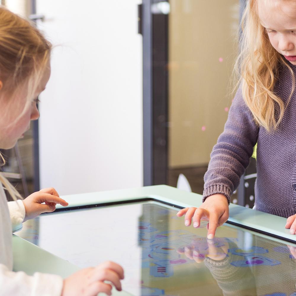¿Por qué elegir las mesas táctiles Kylii Kids?