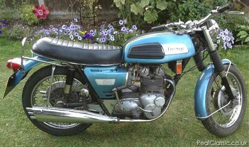 Triumph Trident T150...