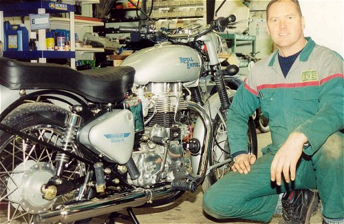 Neither Aged-P nor Emm; this is Andy from Swindon Classic Bikes.