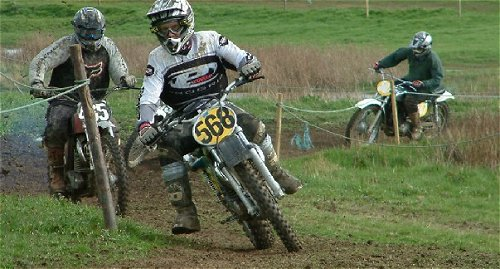 Two 380cc Greeves Griffon riders, 568 Alan Farmer and 465 Mark Fletcher are both front runners in the Greeves scrambles Series. Nice photos, too.