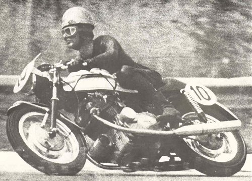 Augusto Brettoni was both a Laverda dealer and a works rider, and is seen here en route to winning the 1970 Monza 500 in partnership with Sergio Angiolini. They rode production SFs, not race-shop specials