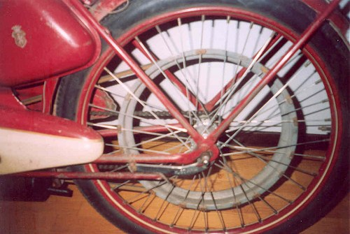 A rear wheel, yesterday.