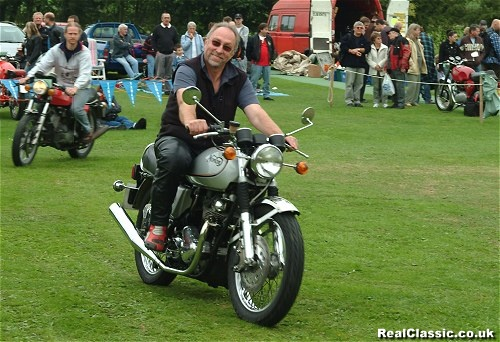 Message board regular EVGuru closes in on NVT in the final lap of the showground MotoGP...