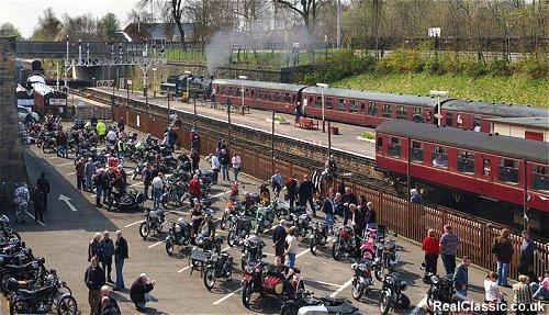 A train, some bikes, plenty of sunshine...