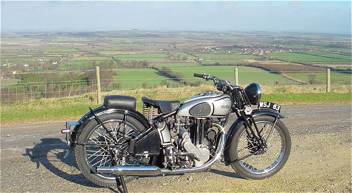 This is either a 1935 ES2, a 1942 WD 16H or a 1947 Big 4... I think it's the ES2. Nice view, too.