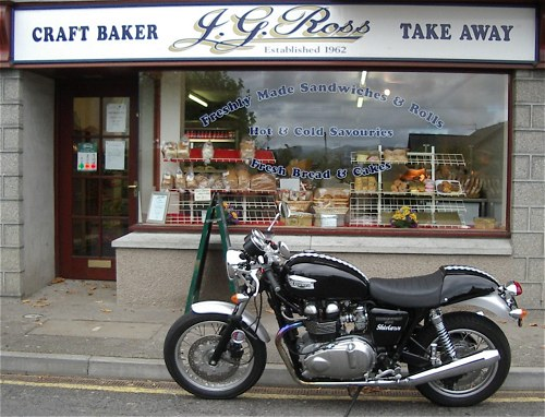 We know it's a café racer, but a) we couldn't find a café, and b) we think 'baker racer' sounds better