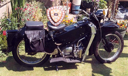 A prize-winning 1966 LE, completely rebuilt and still worth less than a grand. There's value for you!