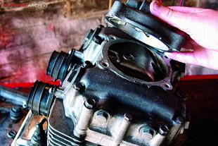 Kawasaki Z400 engine rebuild