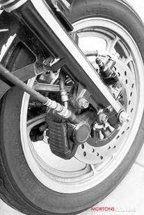 Suzuki GSX550 front brakes and forks