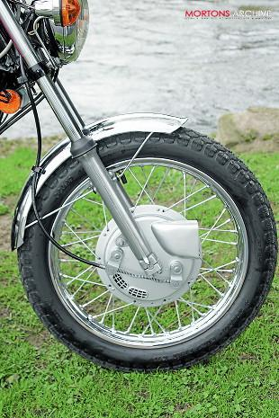 BSA A65L Lightning front wheel and forks