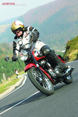 BSA Super Rocket classic motorcycle test