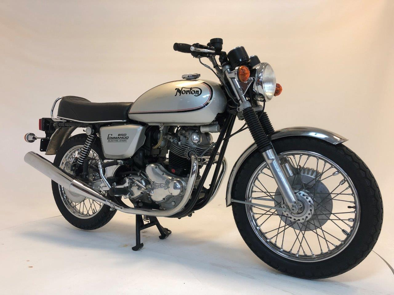 1977 Norton Commando 850cc Motorcycle