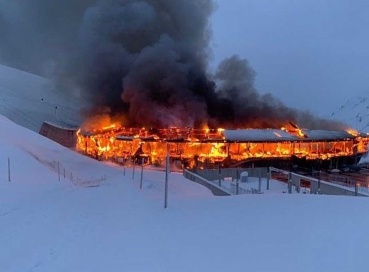 Top Mountain Crosspoint museum engulfed in flames