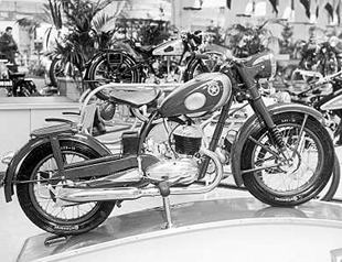 1951 Sachs-engined Mars classic motorcycle at show