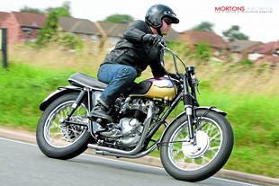 Triumph T120R