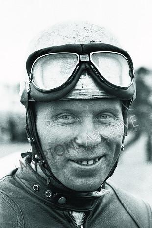 Norton/Vincent Viscount V-twin special rider
