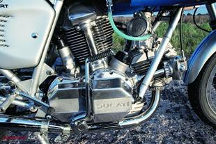 Ducatio Desmo motorcycle engine