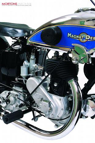 mAGNAT dEBON CLASSIC MOTORCYCLE