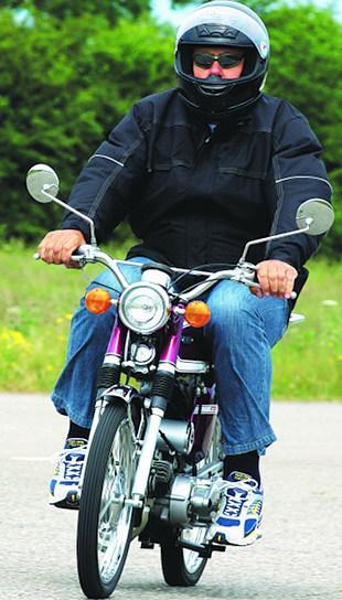 Yamaha FS1-E iconic Japanese 50cc moped