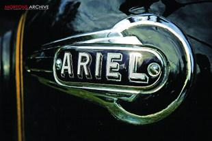 Ariel VB enamelled tank badge, classic British motorcycle