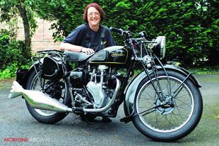 Velocette singles, 250 MOV and 350 MAC