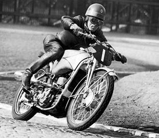 Edward Kluge, winner of the 1938 lightweight IoM TT on supercharged 250cc DKW