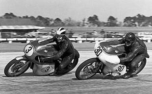 Daytona 1964 and Matchless G50-mounted Phil Read leads BMW rider George Rockett. Read finished second