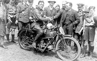 Oeitro Ghersi who was unfortunately disqualified from the 1926 Lightweight TT on his Moto Guzzi