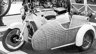 Moto Guzzi Galletto, employed as a sidecar tug for dispkay at 1957 motorcycle show