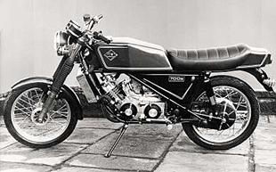Spondon-framed deflector-piston engined Silk two stroke motorcycle