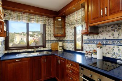 El Rancho 477 Kitchen