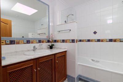 Hacienda del Golf 544 Bathroom