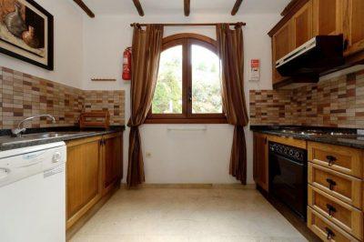 Los Altos 367 Kitchen