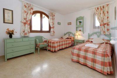 Los Altos 367 Bedroom