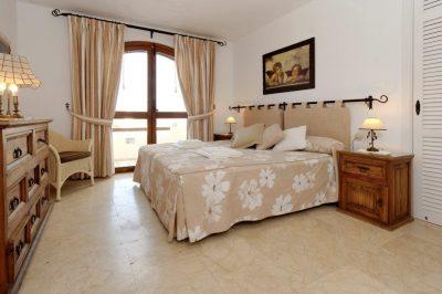 Los Altos 367 Master bedroom