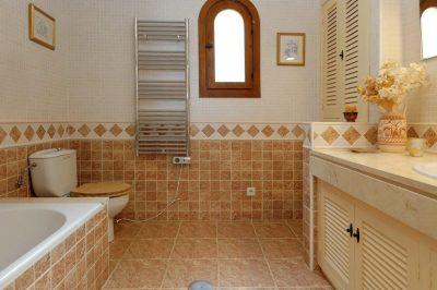 Los Altos 367 Bathroom