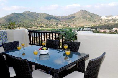 Los Altos 367 Balcony with scenic views