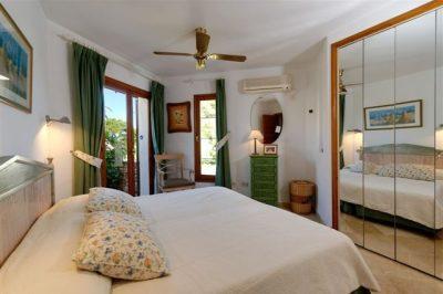 Los Molinos 23 Master bedroom