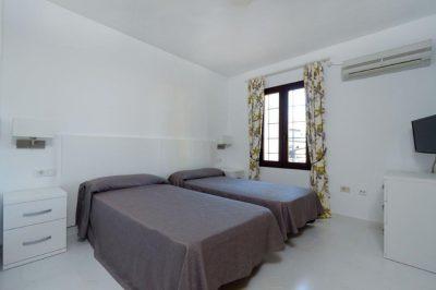 Los Molinos 416 Bedroom