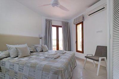 Los Molinos 480 Bedroom