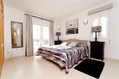 Los Olivos 371 Master bedroom
