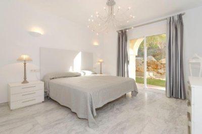 Los Olivos 510 Master bedroom