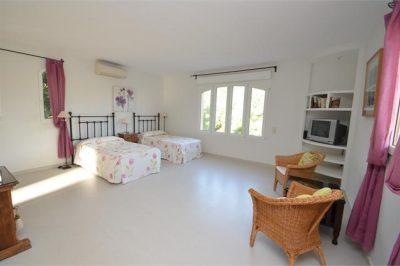 Villa Oasis Bedroom