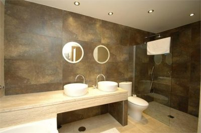 Golf Bungalow 182 Bathroom