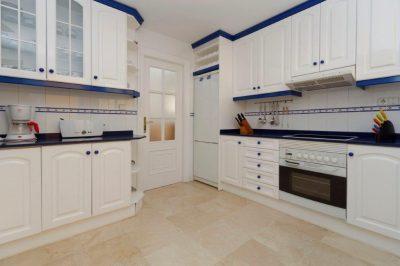 Las Brisas 78 Kitchen