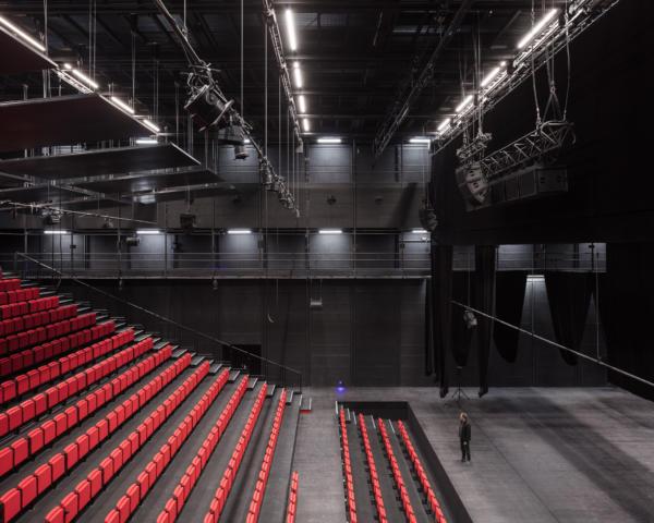 37 Lan Theatre Du Maillon Strasbourg Charly Broyez