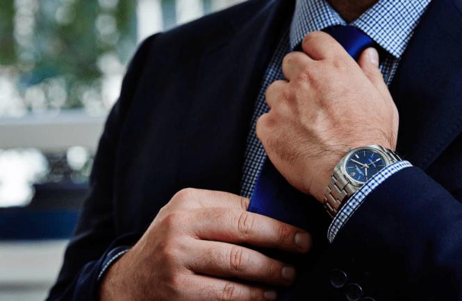 abito business e orologio