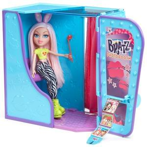 Brats Selfiesnaps photo booth £19.99 at The Entertainer