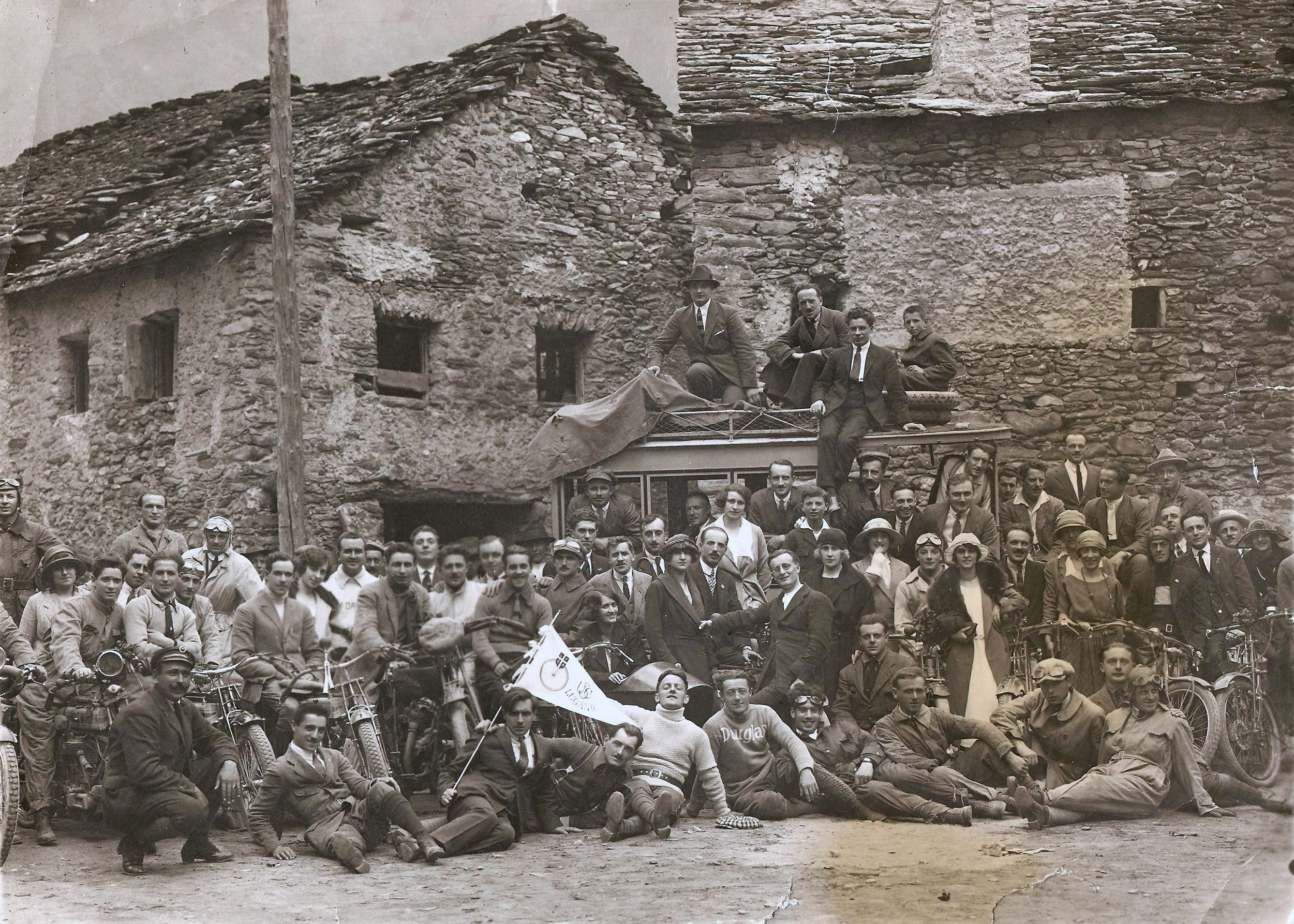 Moto club Lugano 1918 ca